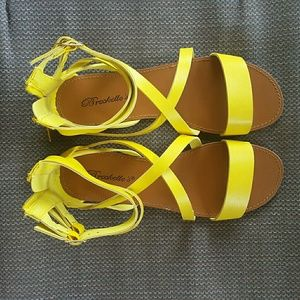 Breckelle's Yellow Gladiator Sandals NWT